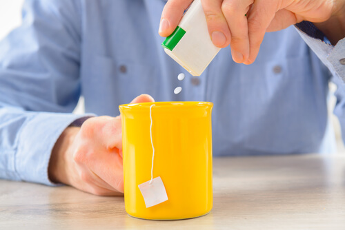 New Artificial Sweeteners Study Doesn't Mean What Media Says It Does.